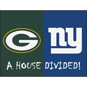 "Fan Mats NFL - Green Bay Packers/New York Giants House Divided Rugs 34"" X 45"" - 15671"