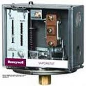 "Honeywell Steam Vaporstat® Controller W/Grounding Screw L408J1017, 1/4"" Female, 15 PSI (Max)"