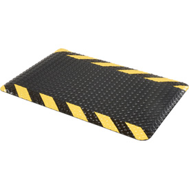 "Diamond Plate Ergonomic Mat 9/16"" Thick 24""X36"" Black/Chevron Border"