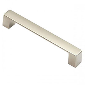 Schaub and Company Contemporary Style Knobs and Pulls